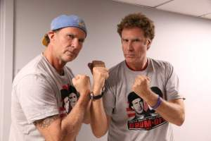 Will Ferrell 跟 Red Hot Chili Peppers 鼓手 Chad Smith 再鬥鼓技