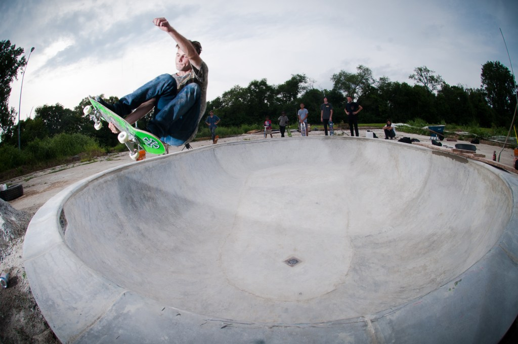 Max Clark frontside stale fish: Photo Jake Wickersham