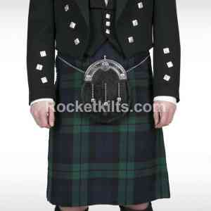 blackwatch kilt,black watch kilt for sale,black watch kilt outfit,who can wear the black watch tartan,black watch tartan fabric,kilt for sale, great kilt