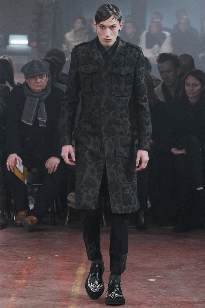 Alexander McQueen Otoño Invierno 2015 12