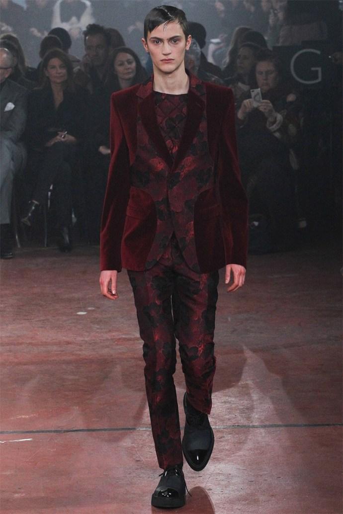 Alexander McQueen Otoño Invierno 2015 17