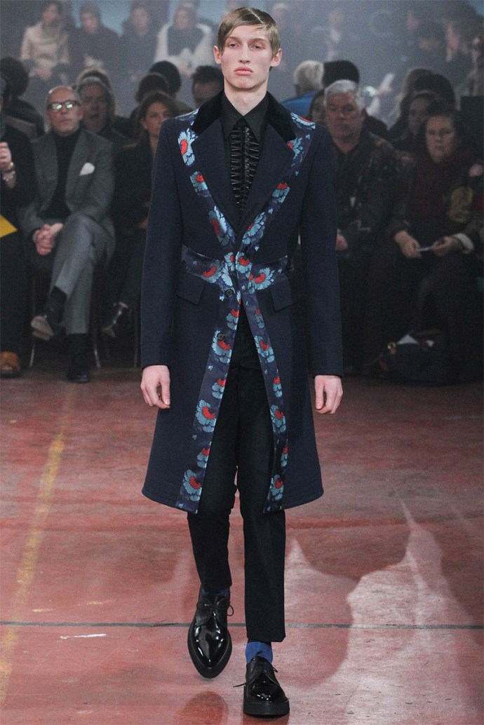 Alexander McQueen Otoño Invierno 2015 26