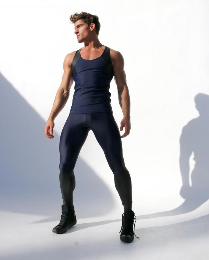 asvof-2015-02-09-tom_of_finland_by_rufskin_exclusive_and_limited_edition_athletic_apparel-diane_pernet-1608570622