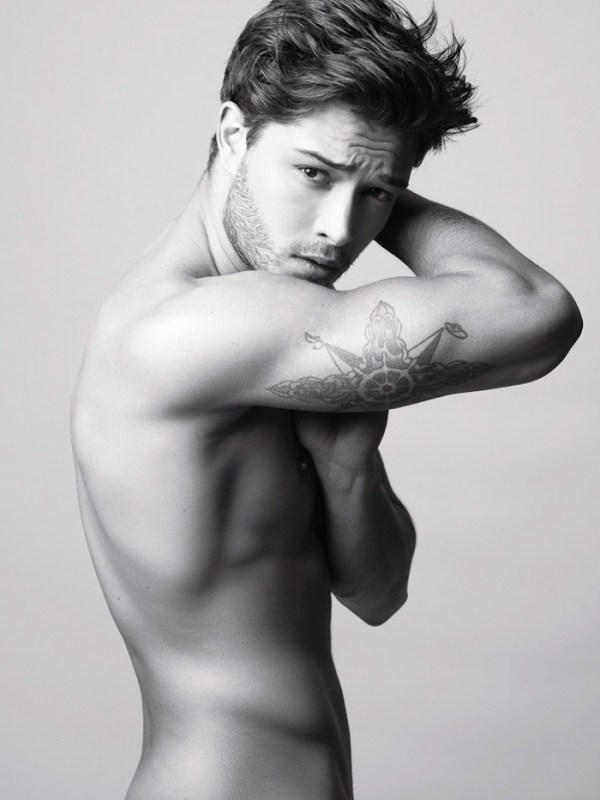 Francisco-Lachowski-by-Dimitris-Theocharis_fy3