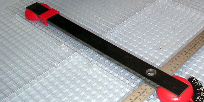 Glass Cutting Station