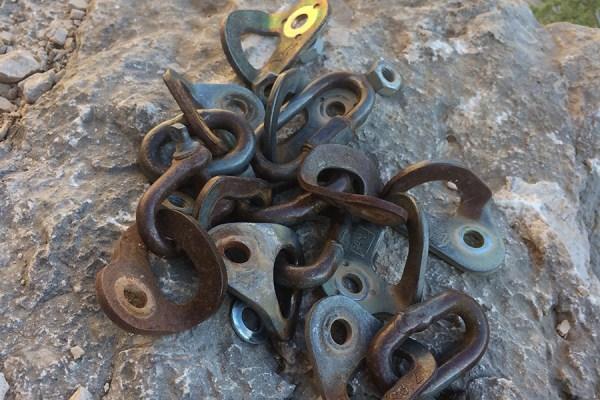 amptrax-old-bolts