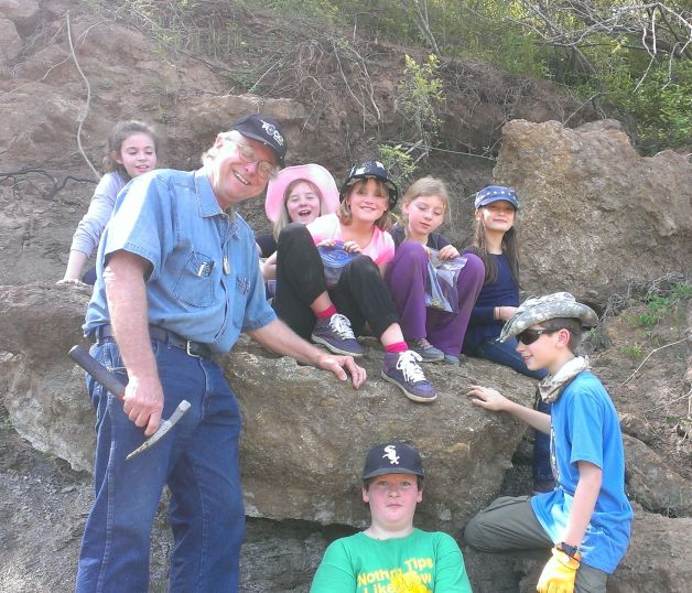 Paleontology field trip with John Moffitt