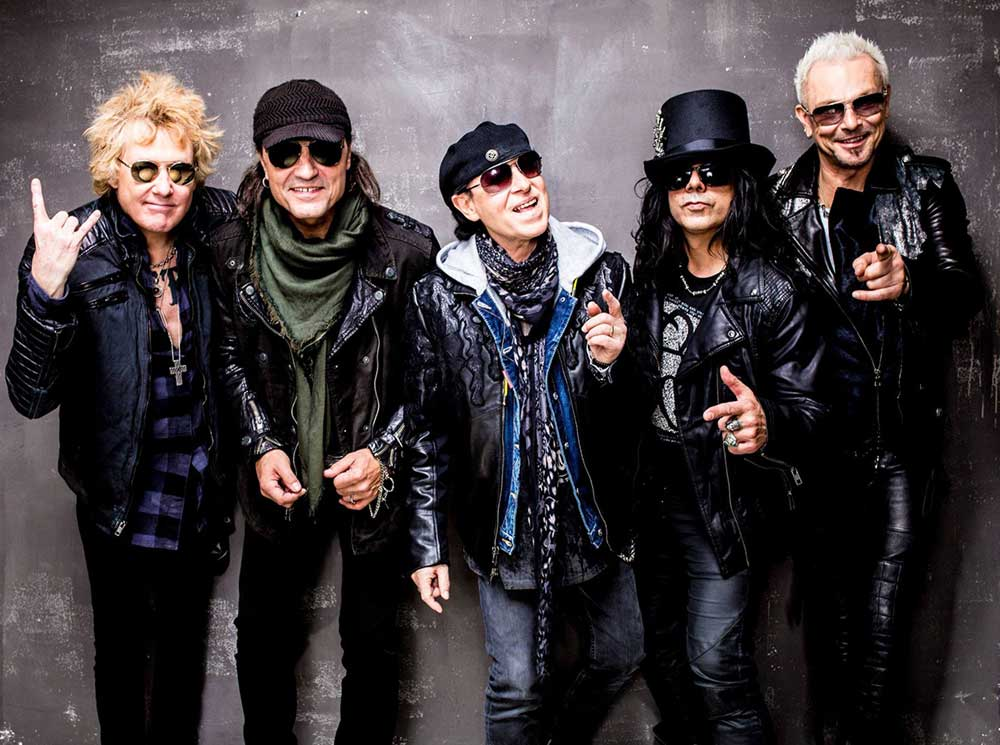Scorpions приветствуют фанатов