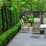 Awesome Fence With Evergreen Plants Landscaping Ideas 95