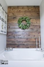 Rustic farmhouse style bathroom design ideas 42