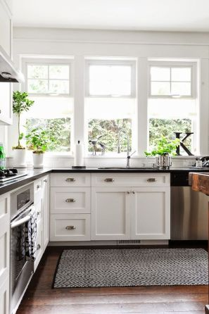 Rustic And Classic Wooden Kitchen Cabinet 21