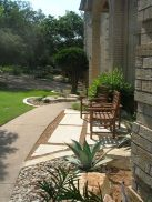 Texas Style Front Yard Landscaping Ideas 12