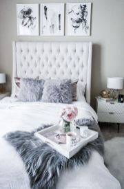 Inspiring Simple And Comfortable Bedroom Design and Layout 69