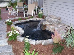 Make a mini waterfall in the garden 14