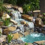 Make a mini waterfall in the garden 25