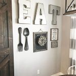 Simple Wall Hanging Decorating Tips 31