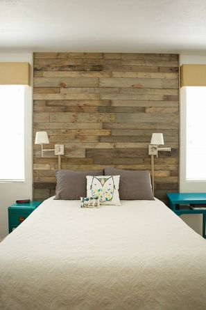 Artistic Pallet, Peel and Stick Wood Wall Design and Decorations 11