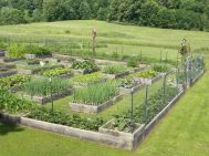 Homestead farm garden layout and design for your home 3