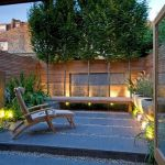 Small courtyard garden with seating area design and layout 32