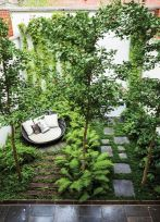 Small courtyard garden with seating area design and layout 48