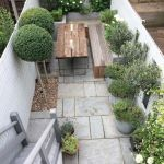 Small courtyard garden with seating area design and layout 98