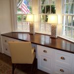 Awesome Built In Cabinet and Desk for Home Office Inspirations 18