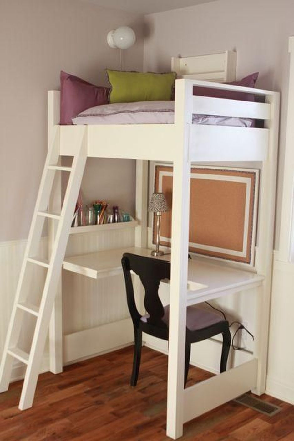Cool Loft Bed Design Ideas for Small Room 23 - Rockindeco