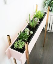 Cool Plant Stand Design Ideas for Indoor Houseplant 23