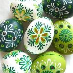 Creative DIY Easter Painted Rock Ideas 71