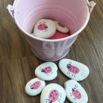 Creative DIY Easter Painted Rock Ideas 76