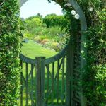 Fascinating Garden Gates and Fence Design Ideas 45
