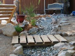 Inspiring Dry Riverbed and Creek Bed Landscaping Ideas 26