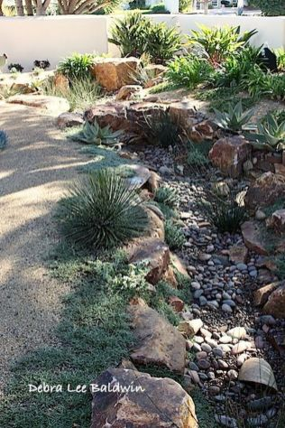 Inspiring Dry Riverbed and Creek Bed Landscaping Ideas 55