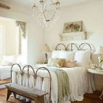 Lovely Romantic Bedroom Decorations for Couples 34