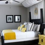 Lovely Romantic Bedroom Decorations for Couples 87