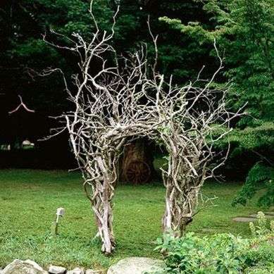 Stunning Creative DIY Garden Archway Design Ideas 11