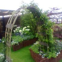Stunning Creative DIY Garden Archway Design Ideas 13