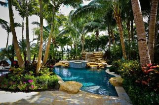Stunning Outdoor Pool Landscaping Designs 36
