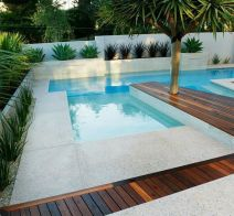 Stunning Outdoor Pool Landscaping Designs 95