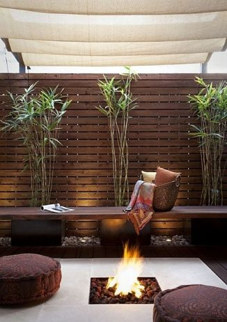 Stunning Privacy Fence Line Landscaping Ideas 44