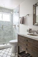 Vintage and Classic Bathroom Tile Design 15
