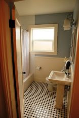 Vintage and Classic Bathroom Tile Design 40