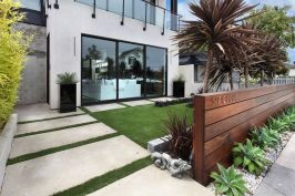 Modern and Contemporary Front Yard Landscaping Ideas 77