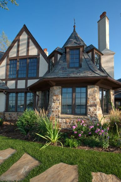 Wonderful European Cottage Exterior Design 106