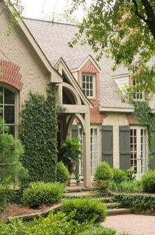 Wonderful European Cottage Exterior Design 21