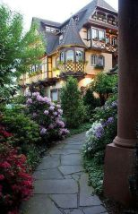 Wonderful European Cottage Exterior Design 65