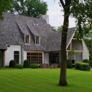 Wonderful European Cottage Exterior Design 92