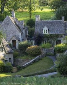 Wonderful European Cottage Exterior Design 94