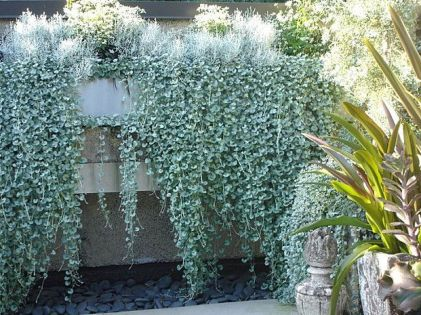 25 Simple Ideas to Make Cascading Garden Planter 4