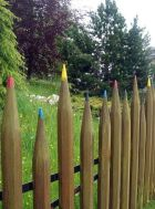 Stunning Creative Fence Ideas for Your Home Yard 13